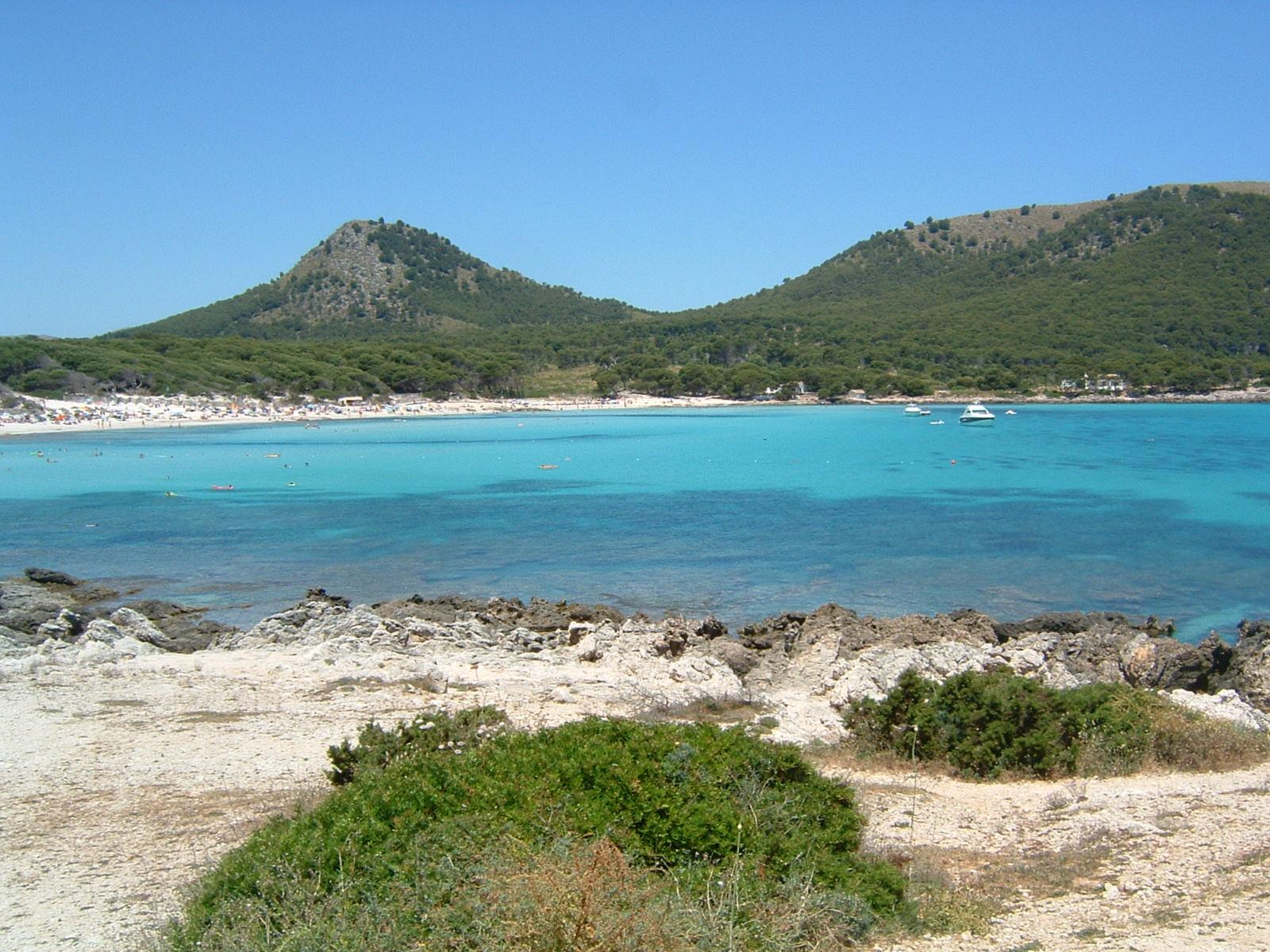 Maiorca un paradiso chiamato cala ratjada buulb for Palma de maiorca dove soggiornare